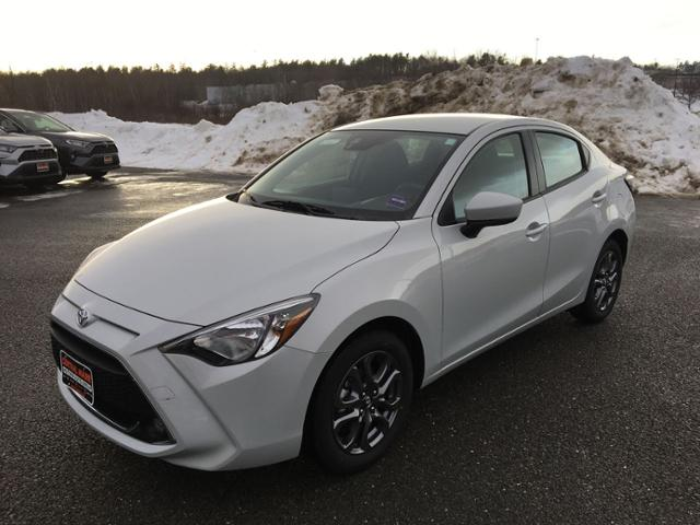 New 2019 Toyota Yaris 4-Door LE Auto