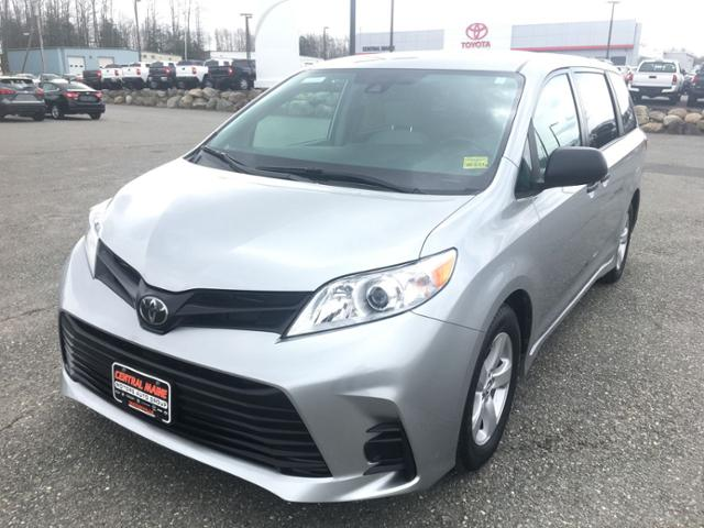 Pre-Owned 2020 Toyota Sienna L FWD 7-Passenger