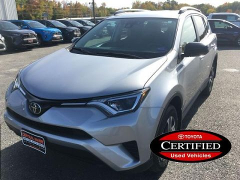 Certified Pre-Owned 2017 Toyota RAV4 LE AWD